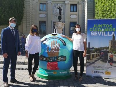 El Ayuntamiento y Ecovidrio lanzan un reto a los distritos de Sevilla para impulsar el reciclaje de envases de vidrio en la ciudad